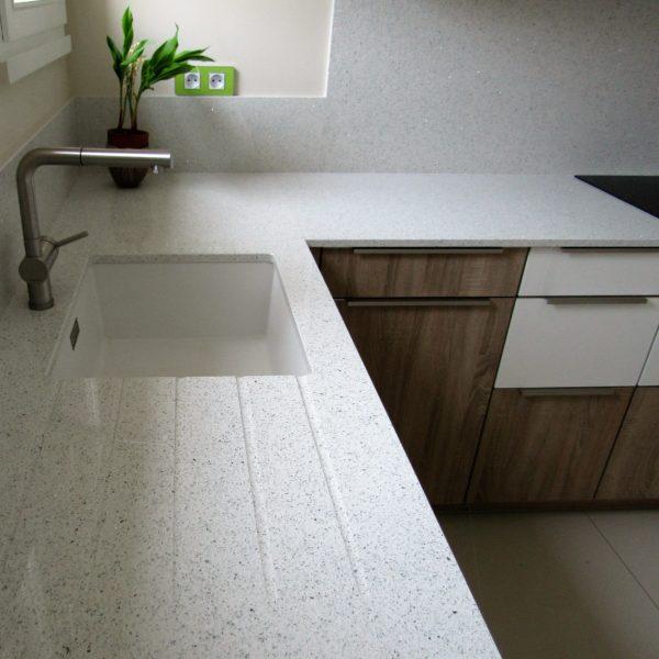 Plan travail quartz cuisine sur mesure – 2